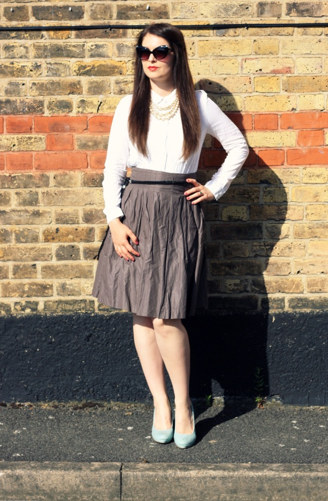 outfit, ootd, fashion, midi skirt, london, summer