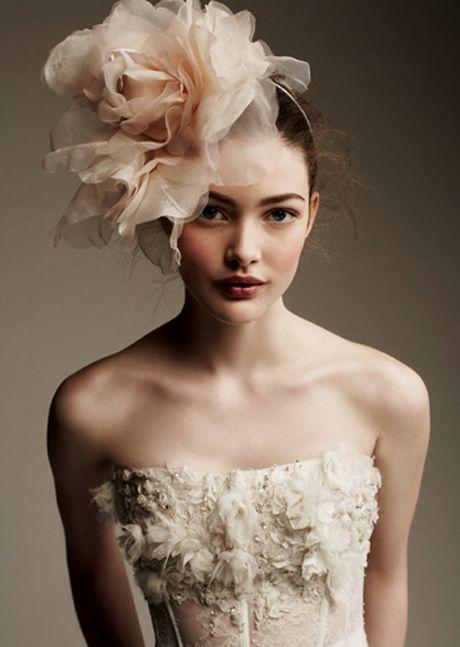 wedding, bridal, inspiration, hair, headpiece, veil, floral headband