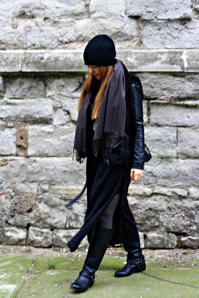 anami goth outfit 6