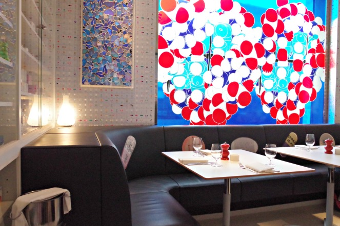 pharmacy 2 restaurant by damien hirst, anamiblog