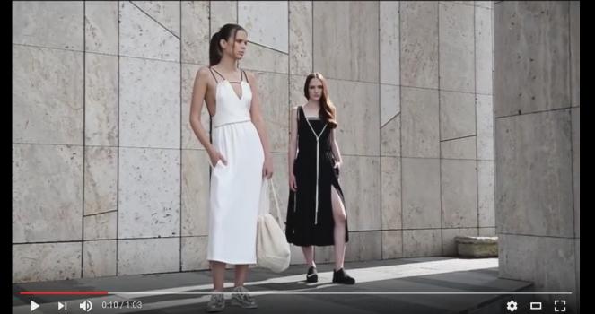 Noemi Csepregi Frazzle video
